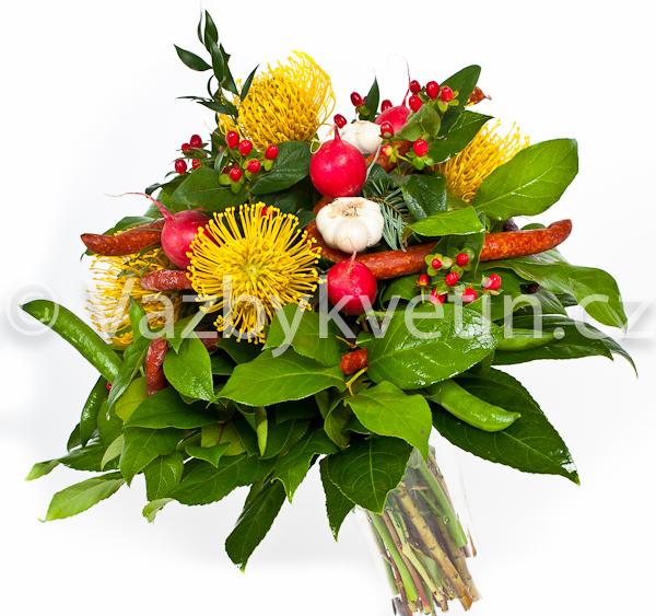 Květina s klobáskami