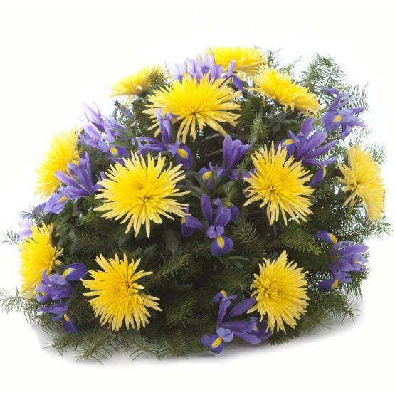 Kytice na položení žluté chryzantémy a irisy
