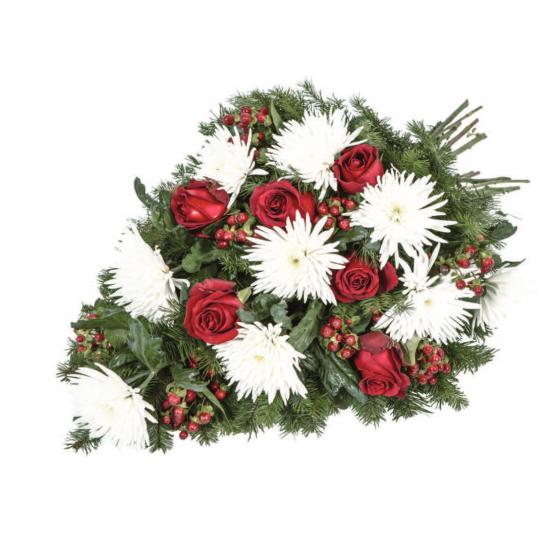 Volně vázaná kytice jednokvěté chryzantémy, růže