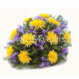 kp6-kytice-na-polozeni-zlute-chryzantemy-a-irisy