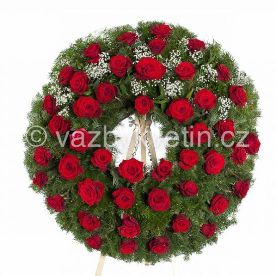 v3-volne-vazana-kytice-rude-ruze
