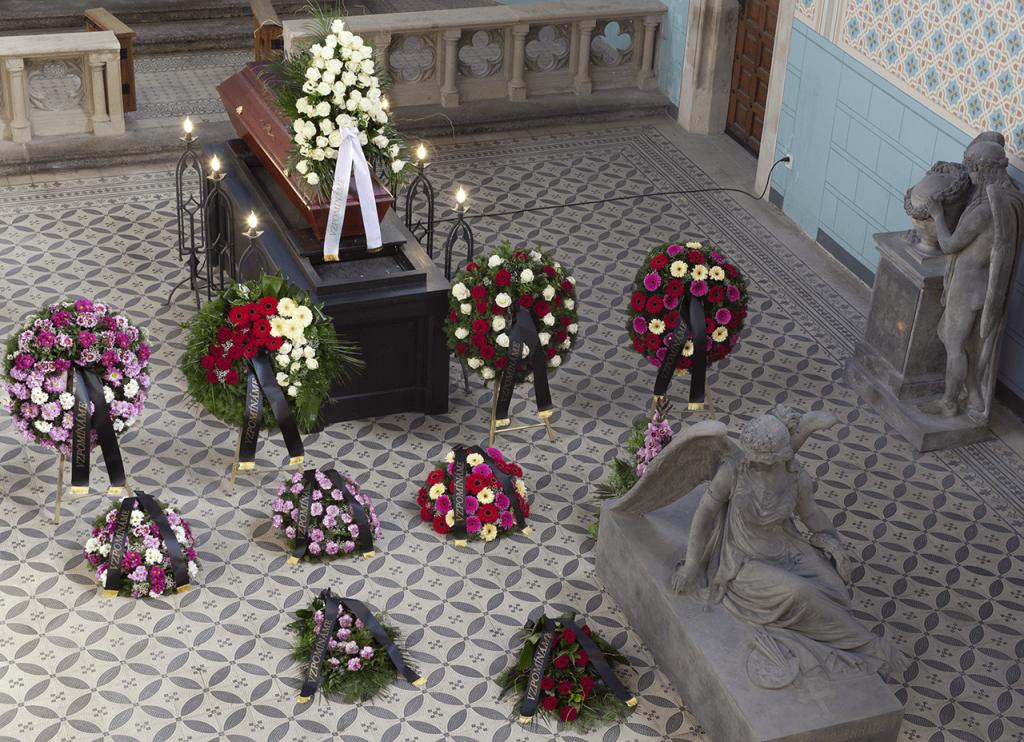 Smuteční kytice a věnce