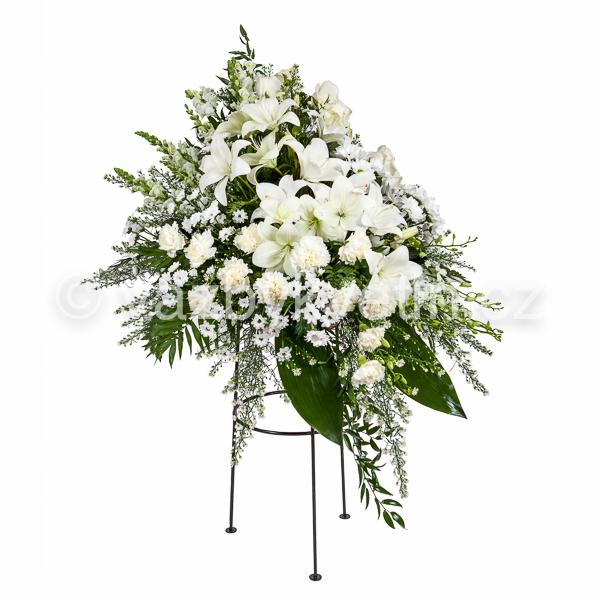Variace karafiáty, lilie, kopretinové chryzantémy
