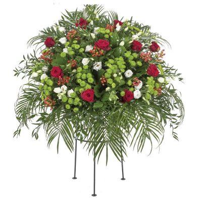 Aranžmá růže, chryzantémy, třezalka