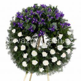 v5-smutecni-venec-bile-karafiaty-a-modre-irisy